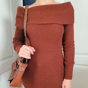 Seven Sisters Cowlneck Sweater Rust XS